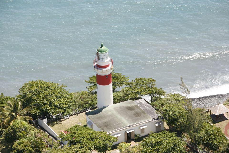 Le phare de Sainte-Suzanne est classé Monument Historique