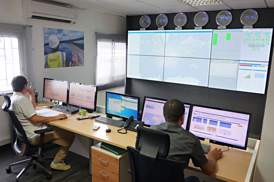 Au Port, le tout nouveau centre de contrôle des centrales Sunzil réparties dans le monde entier