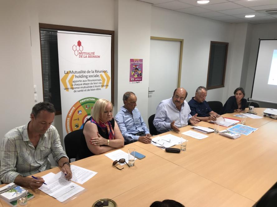 Conférence de presse en présence de Théodore Hoareau Président de La Mutualité de La Réunion et Madame Aude