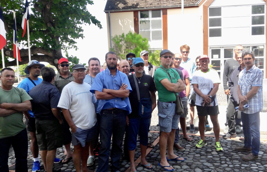 Pêcheurs adhérents à l'OPPAR