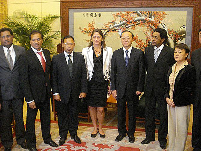 La Région Réunion et l'IRT àlaconquête de la Chine