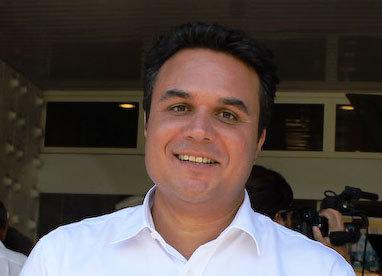 Îles Vanille: Didier Robert rencontre les 14 compagnies aériennes