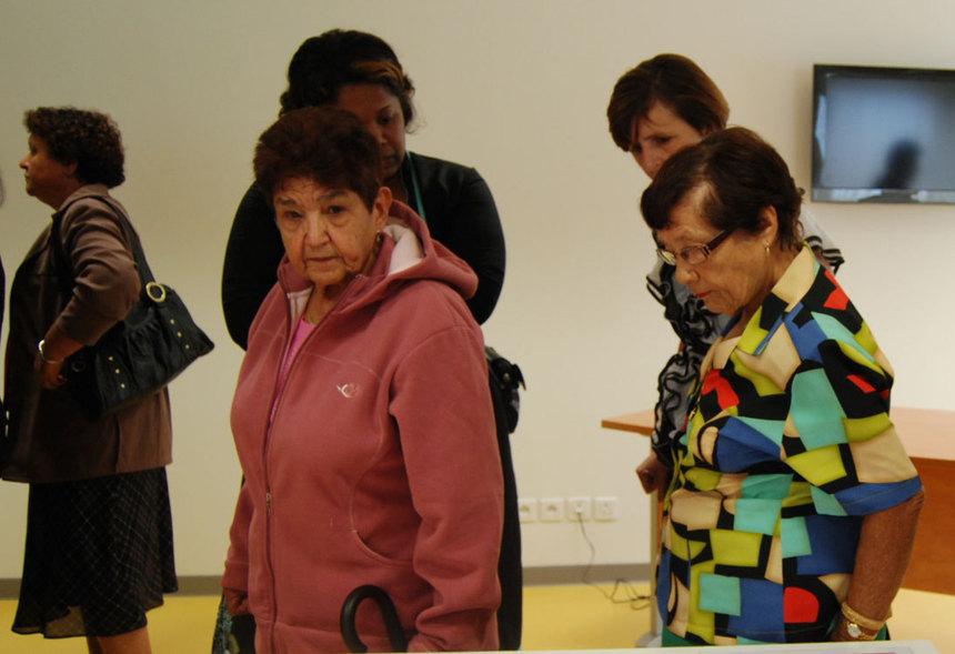 """Nassimah Dindar : """"Nous sommes tous des personnes âgées enpuissance"""""""