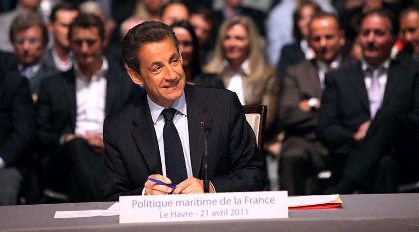 """Sarkozy: """"Frauder la Sécu, c'est voler les Français"""""""