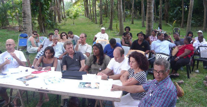EELV Réunion lance la campagne d'Eva Joly à l'Etang-Salé