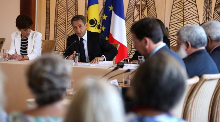"""Emeutes à La Réunion, Nicolas Sarkozy """"va faire des propositions"""""""