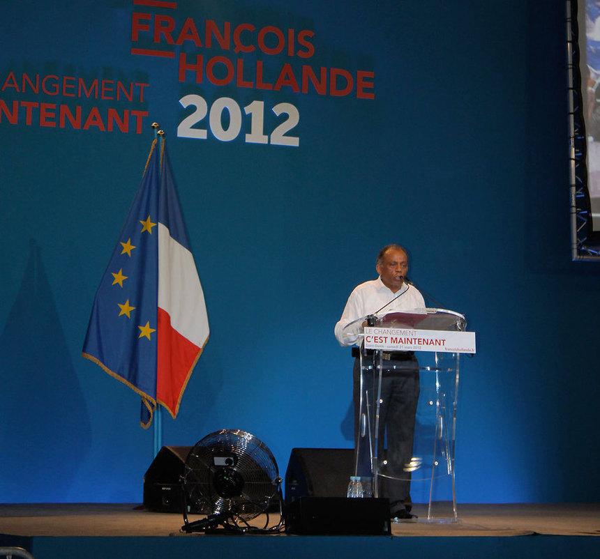 """Meeting de Hollande : Bello a pris laparole, le PCR a pris une """"baffe"""", etlePS a-t-ll fait une gaffe ?"""