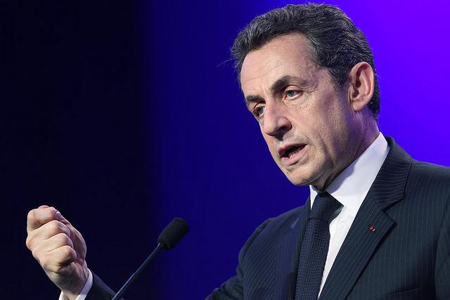Nicolas Sarkozy se prend les babouches dans le tapis dOrient