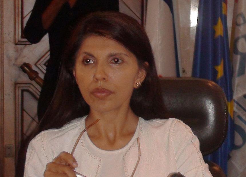 De qui a peur Nassimah Dindar?