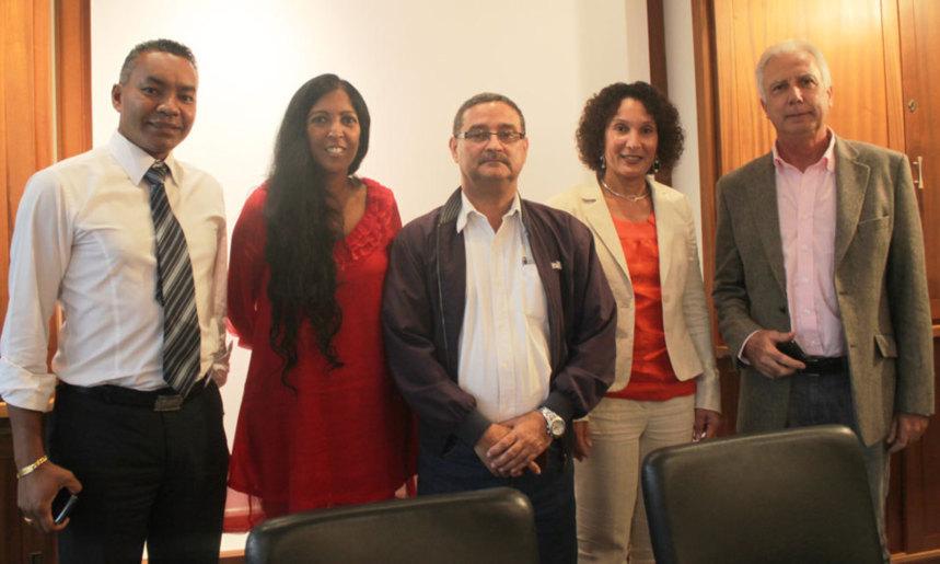 Scission au PCR/Alliance : le tandem Huguette Bello/Eric Fruteau prend - enfin - corps au Conseil général
