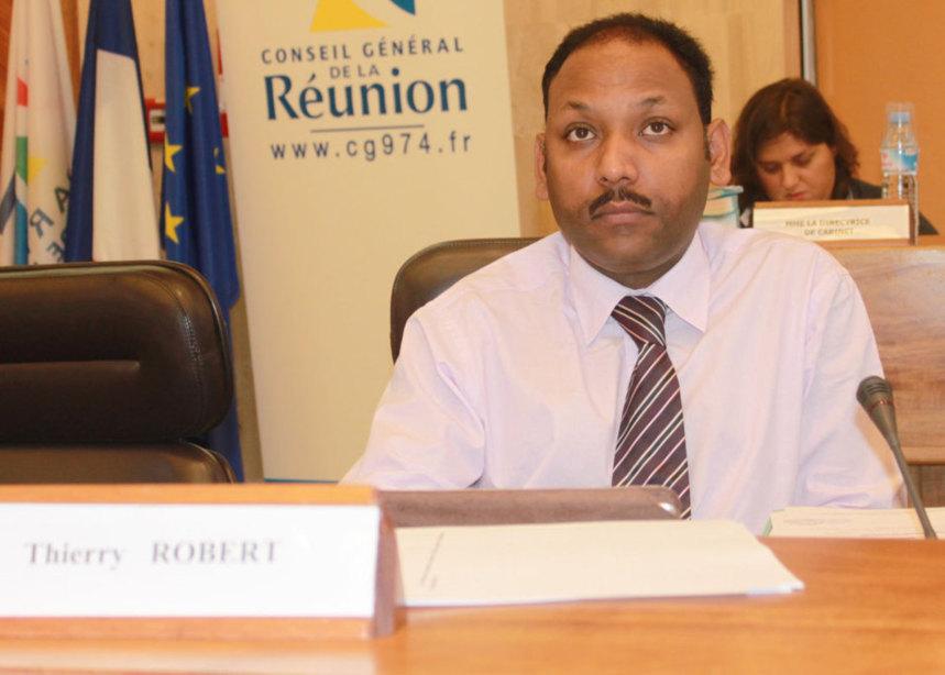 Thierry Robert demande au Préfet un complément de financement pour le plan requin