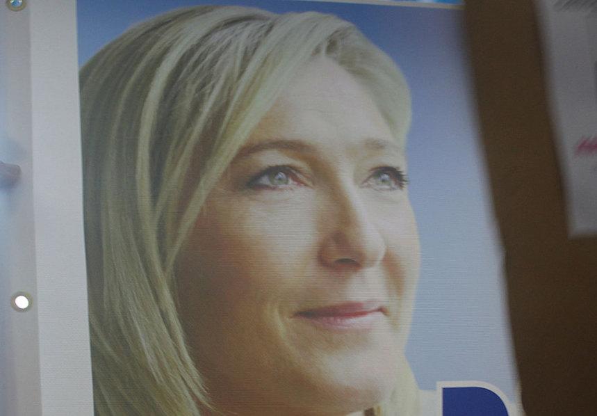 """Le Front national 974 """"rend hommage au courage de Huguette Bello"""""""