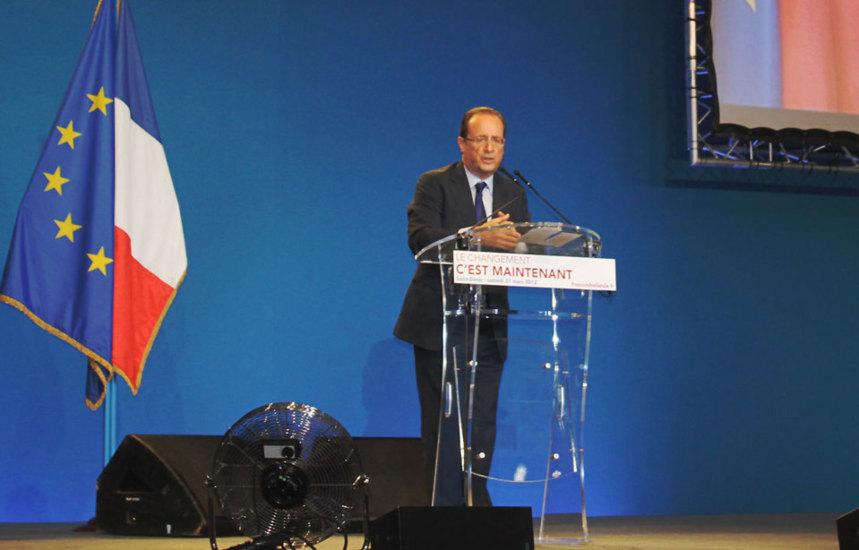 Hollande et Ayrault, spécialistes du recadrage et du rétropédalage