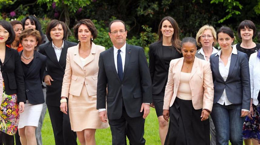 """Nassimah Dindar est dans """"une opposition constructive"""" face à François Hollande"""