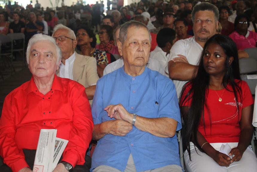 """""""Phénomène inquiétant, des groupes extérieurs prennent le contrôle de secteurs économiques de l'île"""""""