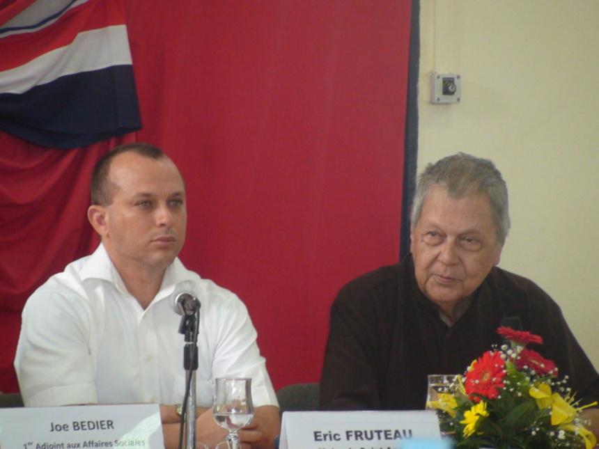 Eric Fruteau et Paul Vergès, c'est fini !