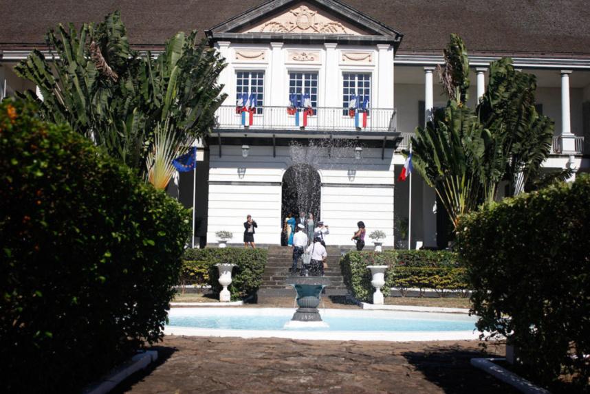 L'Etat va valider 5.000 contrats d'avenir et 4.000 CAE pour La Réunion
