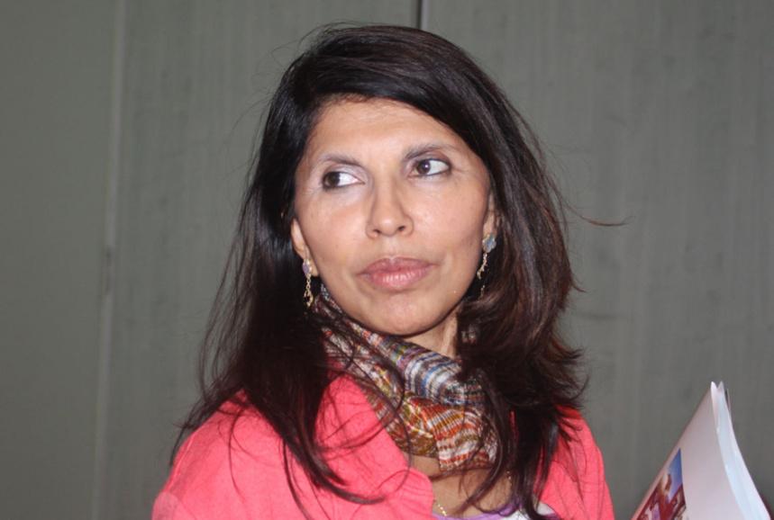 """Nassimah Dindar : """"Continuer à relever le défi du changement"""""""