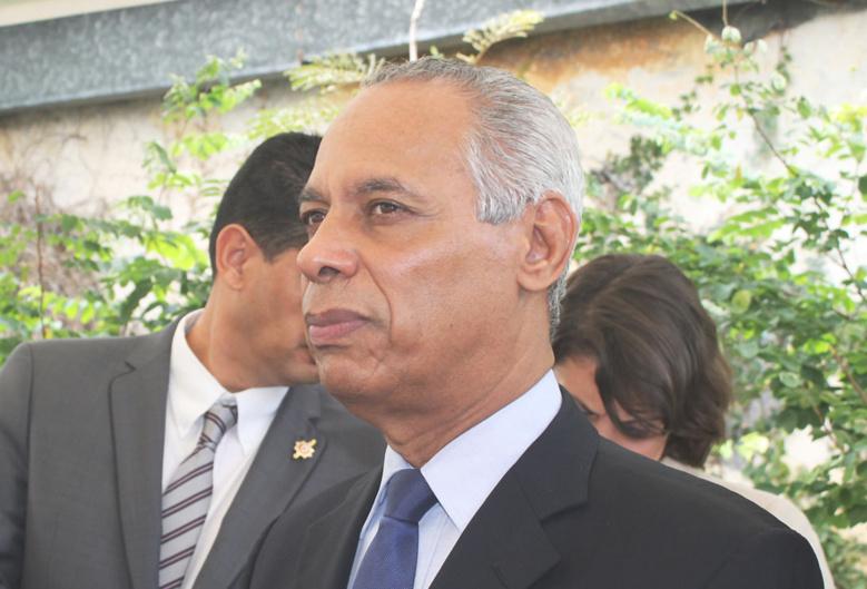 Daniel Faivre écrit à Victorin Lurel, ministre des Outre-mers