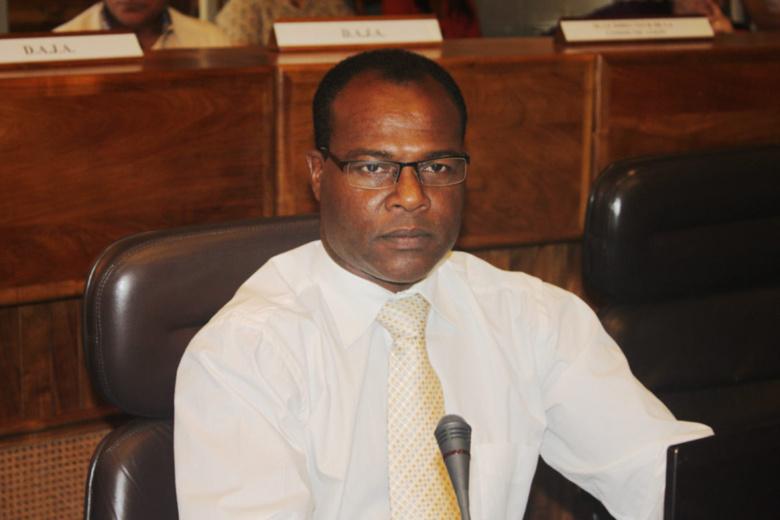 """Cyrille Hamilcaro : """"Un scandale sanitaire """"étouffé"""" en Guadeloupe et Martinique !"""""""