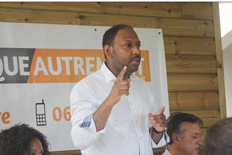 """Thierry Robert : """"Un chef de parti m'a demandé de retirer le candidat LPA de sa commune"""""""