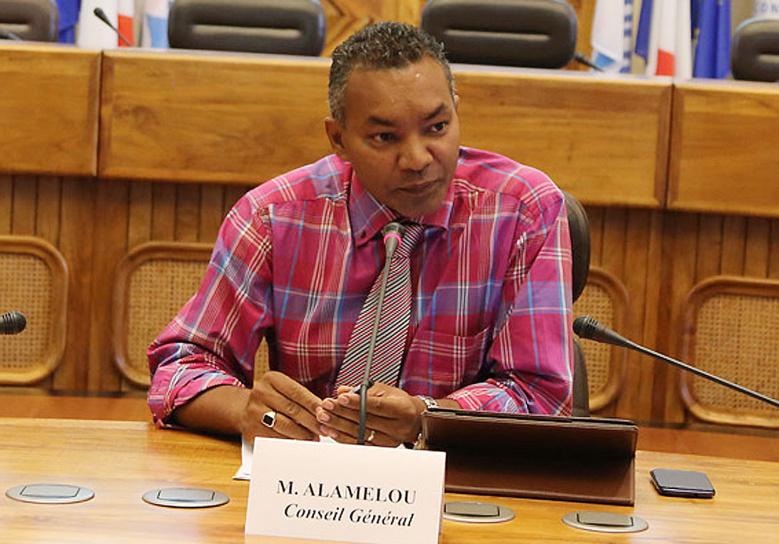 """Daniel Alamélou : """"Après mars 2014, nous présenterons un budget approprié et sincère à la population"""""""