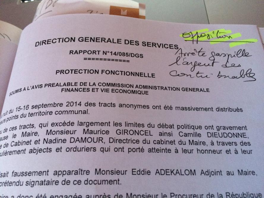 """Sainte-Suzanne, Conseil municipal : """"Arrête gaspille l'argent des contribuables"""""""