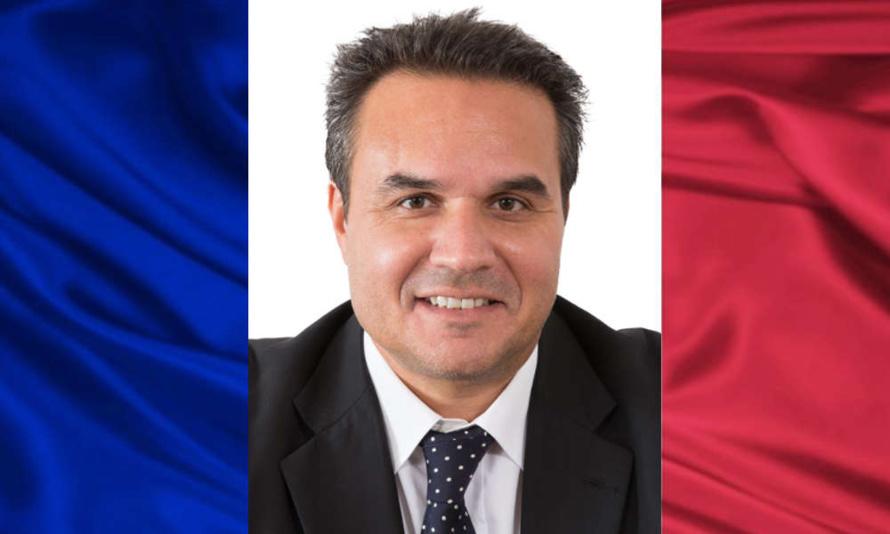 Didier ROBERT, Sénateur, ramène à La Réunion les 10 millions d'euros supprimés par le Gouvernement Socialiste
