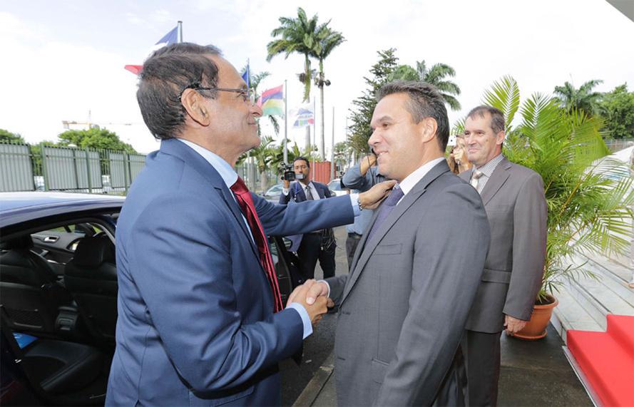 RENCONTRE ENTRE LE PRÉSIDENT DE REGION ET LE MINISTRE DES FINANCES DE MAURICE