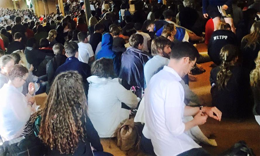 Younous Omarjee à Taizé pour discuter avec les jeunesses chrétiennes d'Europe