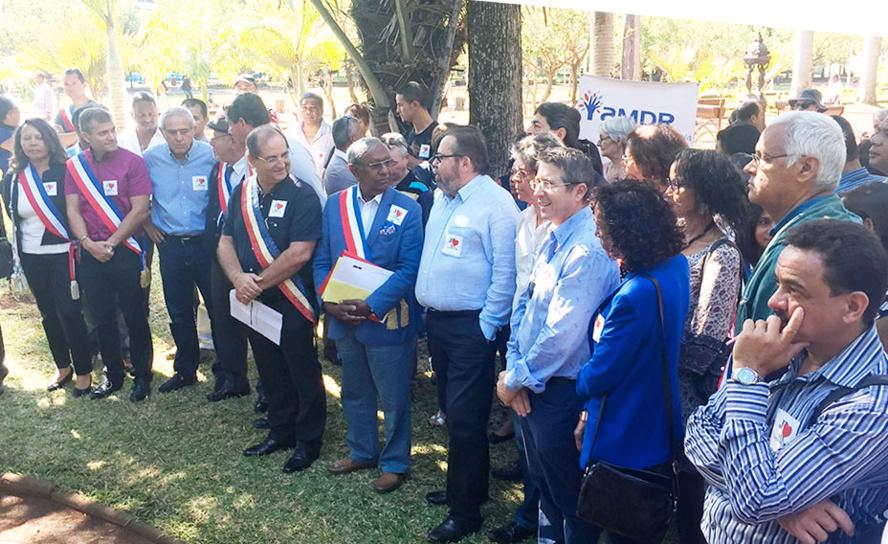 SOUTIEN DU Mouvement contre Le Chômage et La Précarité aux Maires de La Réunion