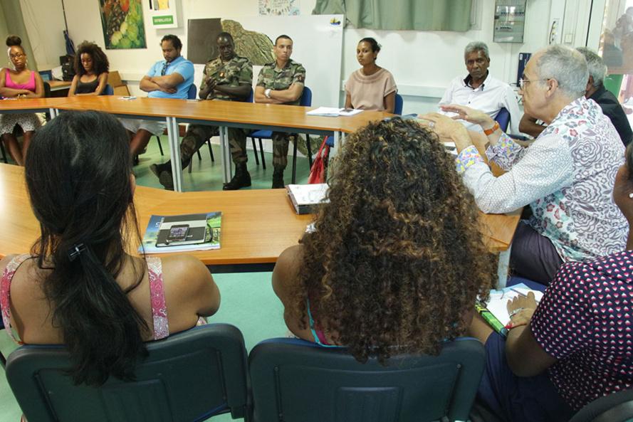 15 jeunes Saint-Paulois vont travailler à Disney Land
