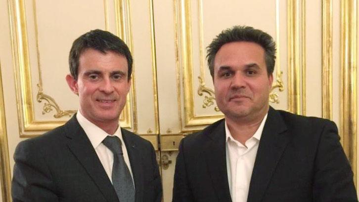 Le Président de la Région a enfin insisté auprès du Premier Ministre pour la nomination d'un Réunionnais au poste de Directeur du CHU en soutenant encore une fois officiellement la candidature de M. Lionel CALANGES.