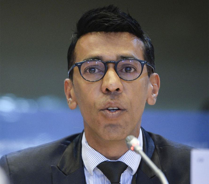 Younous OMARJEE : Bloquer toute sanction contre l'Espagne et le Portugal