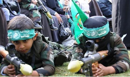 RéunionPalestine Solidarité : soutien au Hamas terroriste, aux femmes voilées, à une guéguerre sans importance?