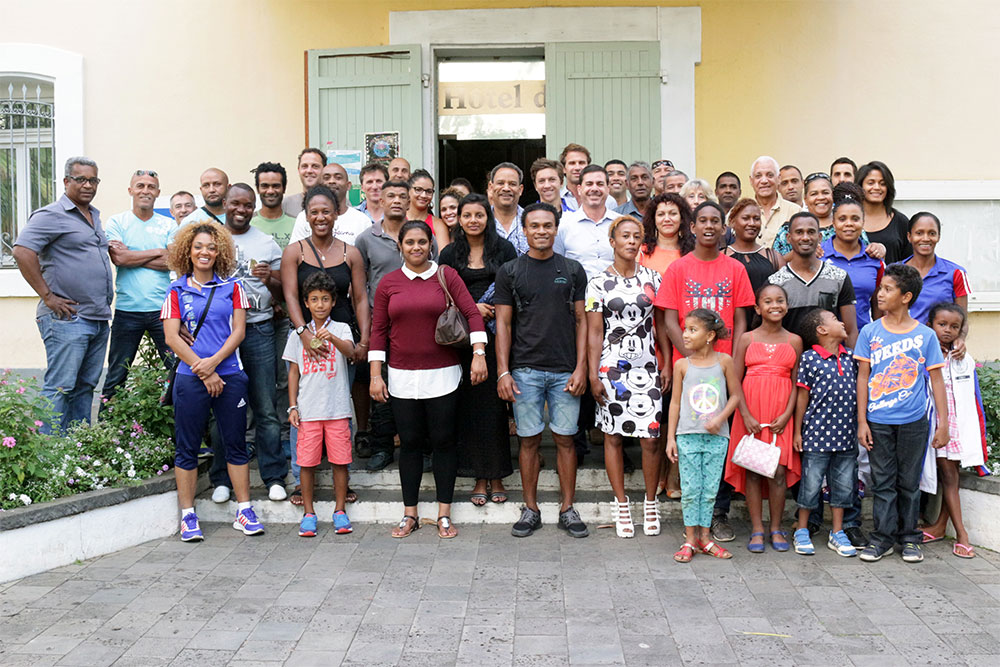 Joseph SINIMALÉ et la ville de Saint-Paul remercient les athlètes Saint-Paulois