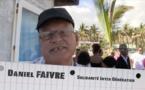 Daniel Faivre : Il y a des piscines sur le bord de la mer à Trois-Bassins