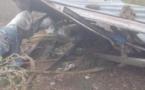 La Vraie misère à Piton Saint-Leu, un homme dort sous une feuille de tôle