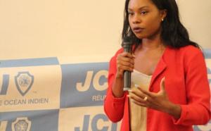 Laurence Akossi présélectionnée pour tenter de représenter La Réunion au concours international TOYP en Inde