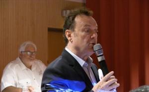Julien Lepers : Qui sonne la cloche du départ des baleines ?