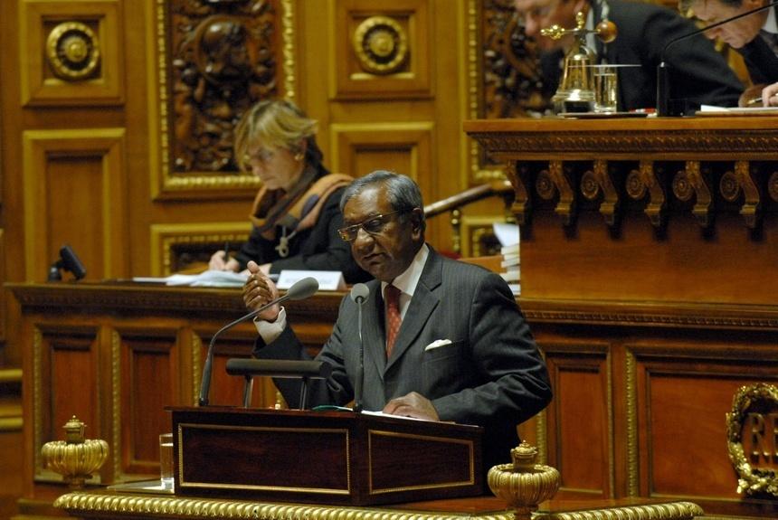 """Jean-Paul Virapoullé salue """"l'action du président de la République en Libye"""""""